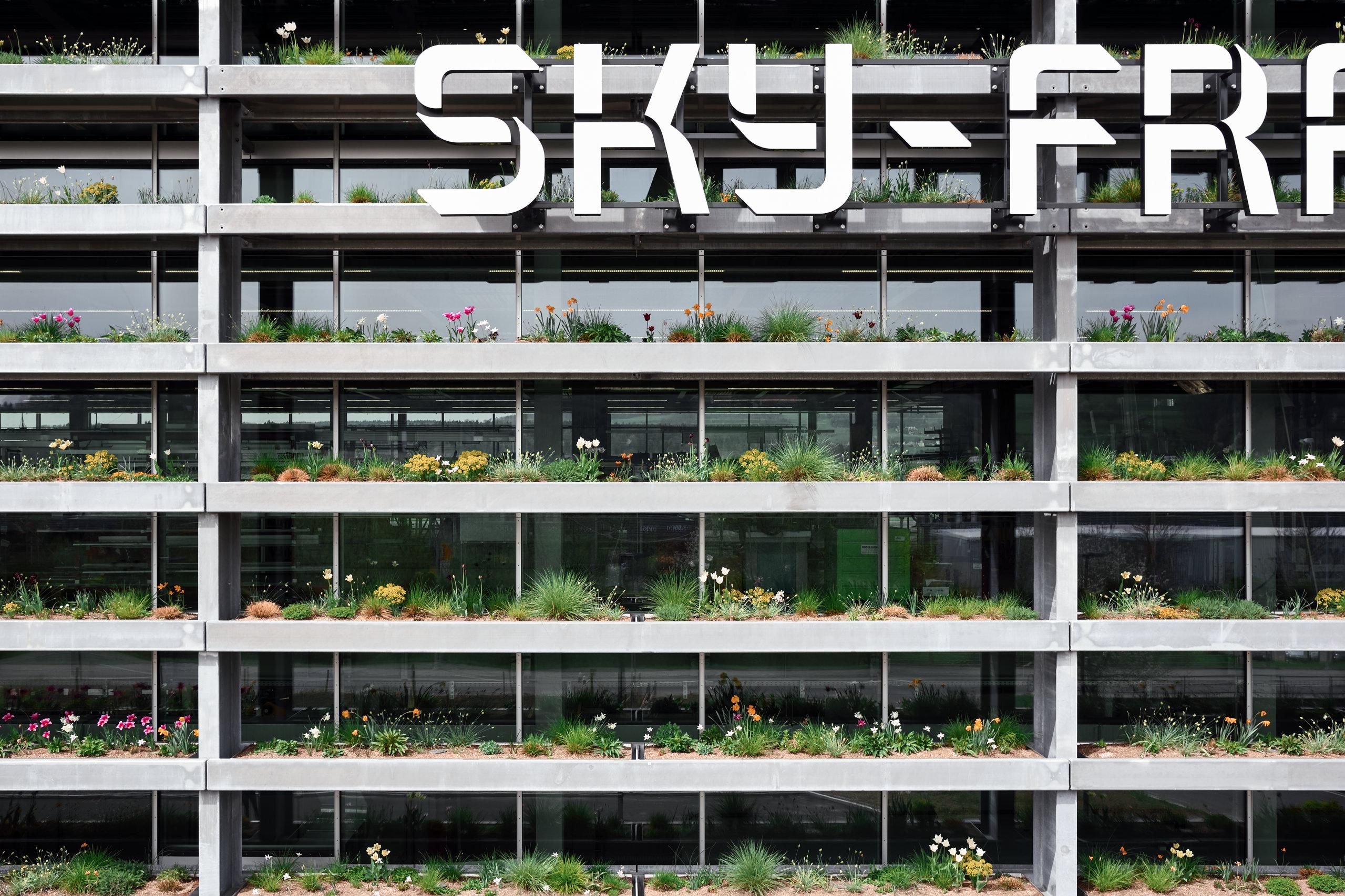 Sky Hauptsitz